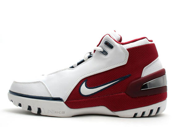 Back To Genesis: The Nike Air Zoom Generation Lebron 1