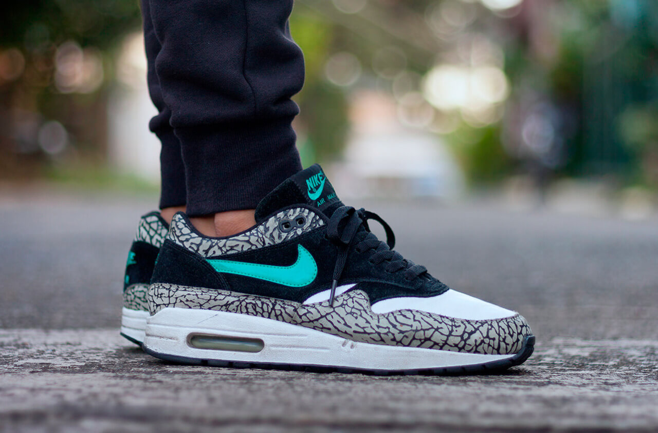 9122206a44bf96 The Genius Of Nike  The Air Max 1 Atmos 908366 001 – ARCH-USA