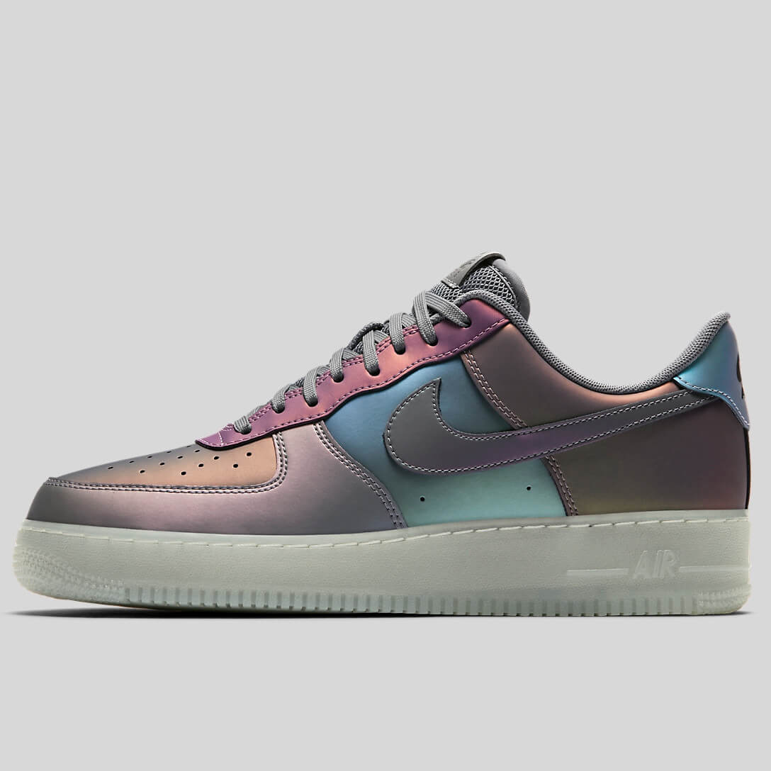 newest 65c50 c60ea ... clearance introducing the air force 1 one low 3m iridescent 718152 019  available now b6630 3d5bd