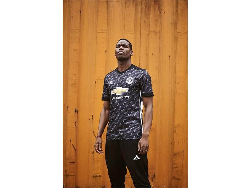 69a897f56 adidas Reveals Manchester United Away Kit For 2017 18 Season with Retro  Flair – ARCH-USA