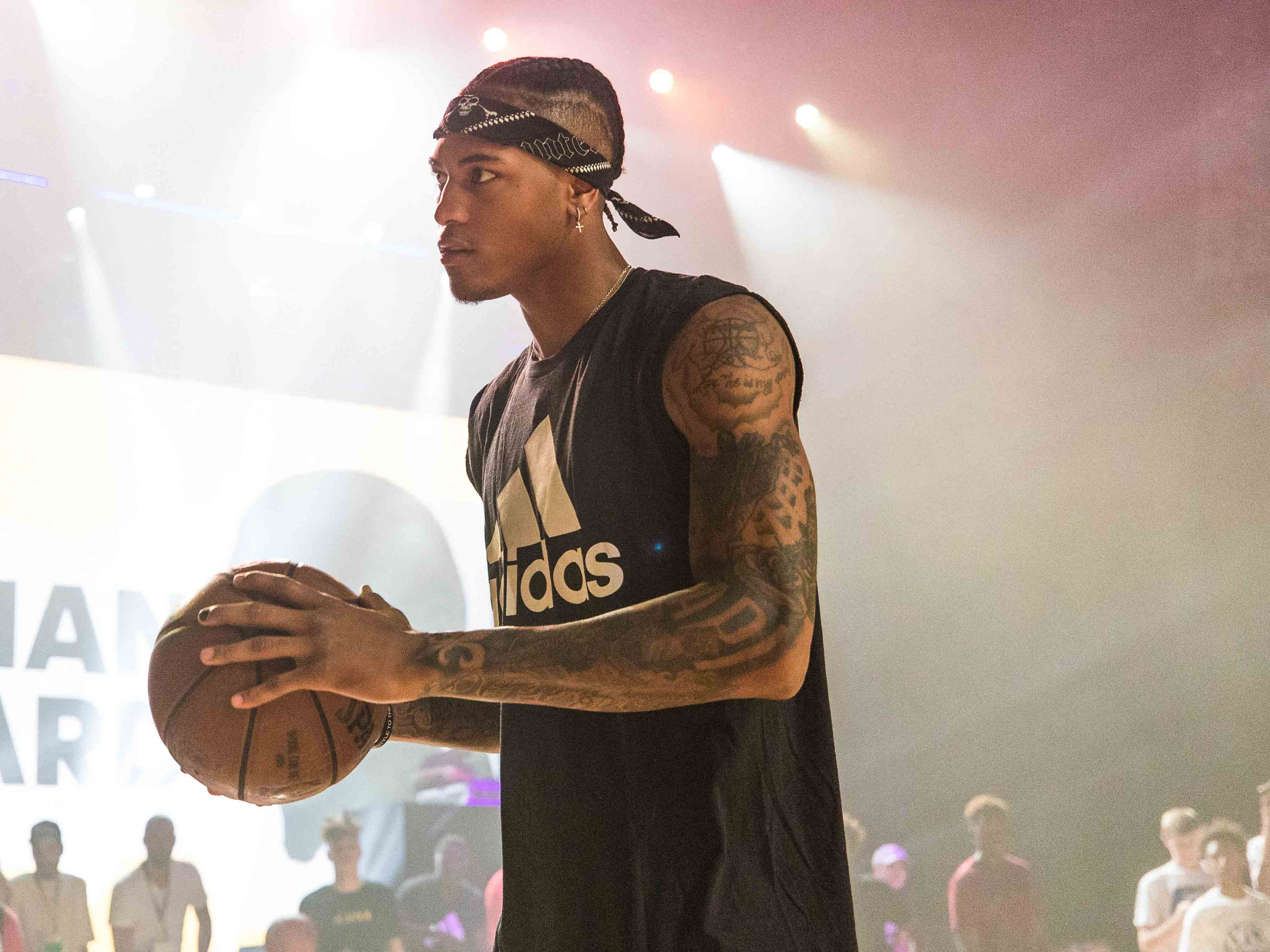 Clavijas Contable Se convierte en  Why Would adidas Move Towards Basketball After Letting the NBA Go? – ARCH- USA